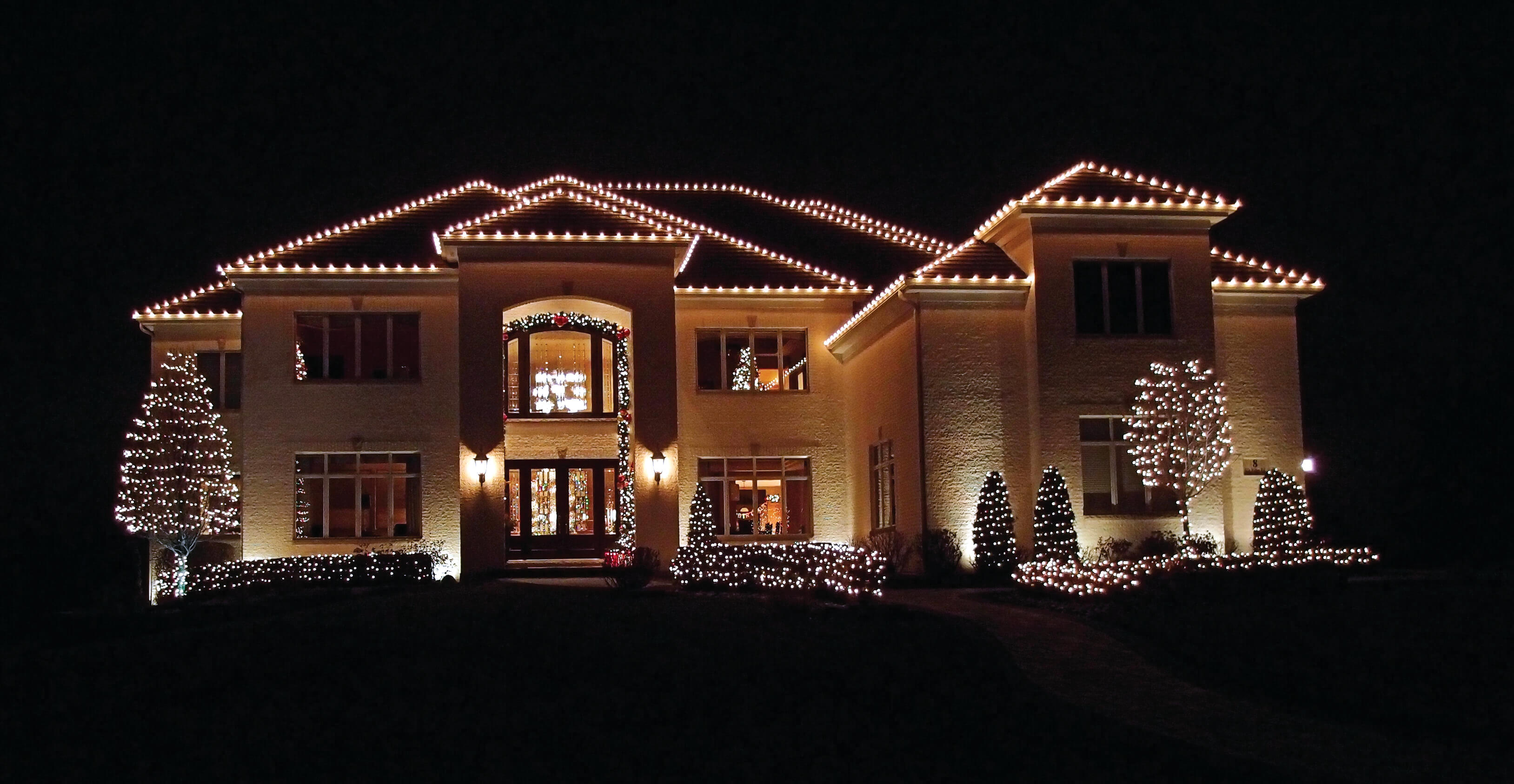 Christmas Lights Installer.Outdoor Lighting Chattanooga Holiday Lighting Chattanooga